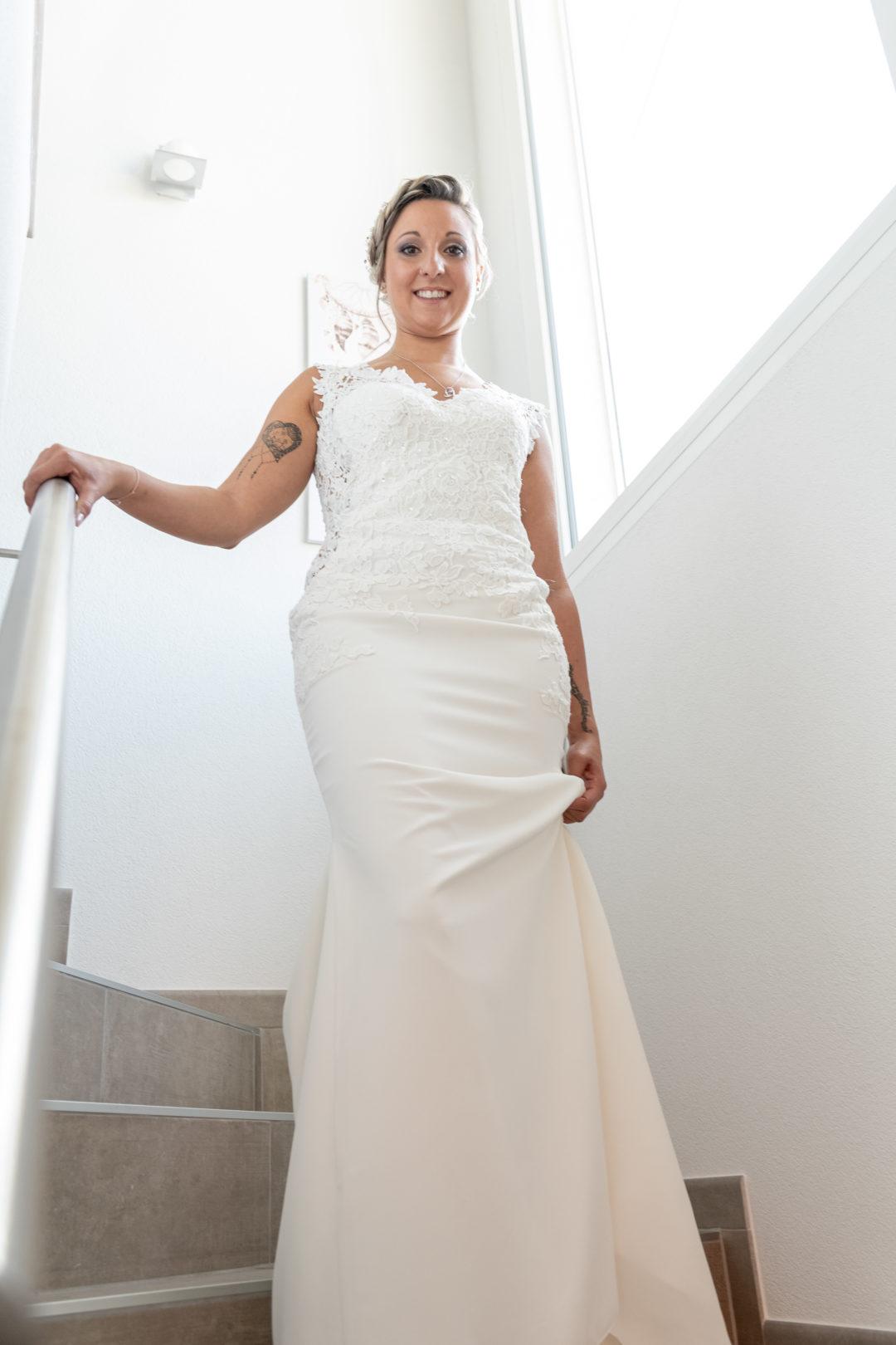 La mariée dans sa très belle robe. Géraldine wedding planner. Wedding planner suisse